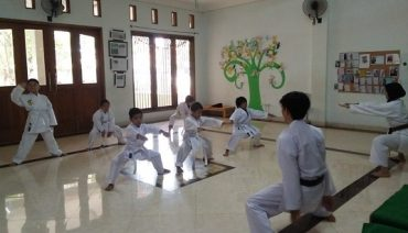 karate SD Silaturahim Islamic School