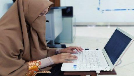 pembelajaran daring yang menyenangkan entin suhesti sd silaturahim