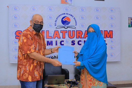 kepala sekolah baru sd silaturahim islamic school