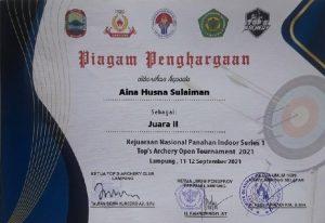 Juara Panahan tingkat nasional Aina Husn Sulaiman